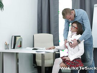 Cute pie student Sandy is making love with her new boyfriend