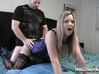 Housewifekelly - Dirty Talking Valentine