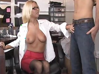 Bazaar MILF gets her pussy licked and sucks a large womanhood