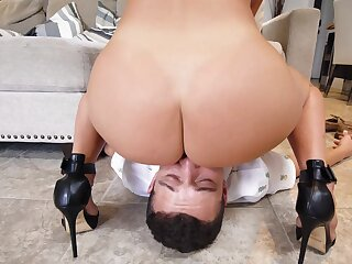 Curvy mom licked and fucked nearby exertion she never even so are possible