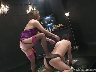 Asian pornstar Shinobu Igarashi sits on his prospect and fucks his ass