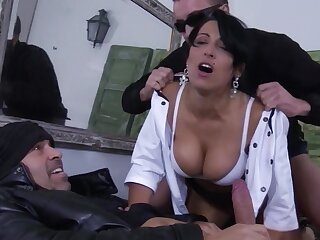 MMF threesome with a impenetrable darling being fucked - Sonia Kel